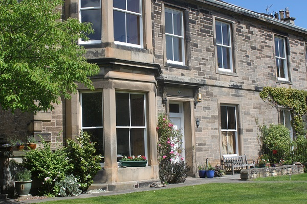 English home tuition immersion study adult business Scotland Edinburgh