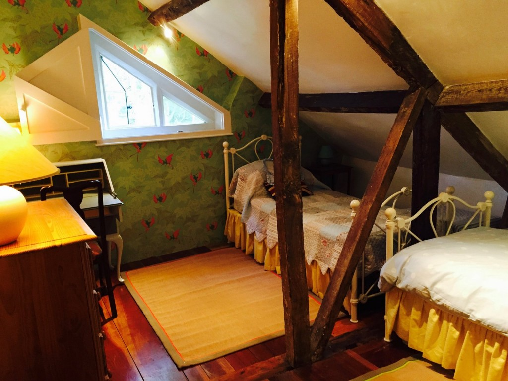 adult junior home tuition immersion homestay Homelingua west England