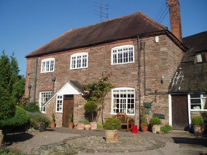 Farmstay immersion experience farm English holiday rural England Herefordshire