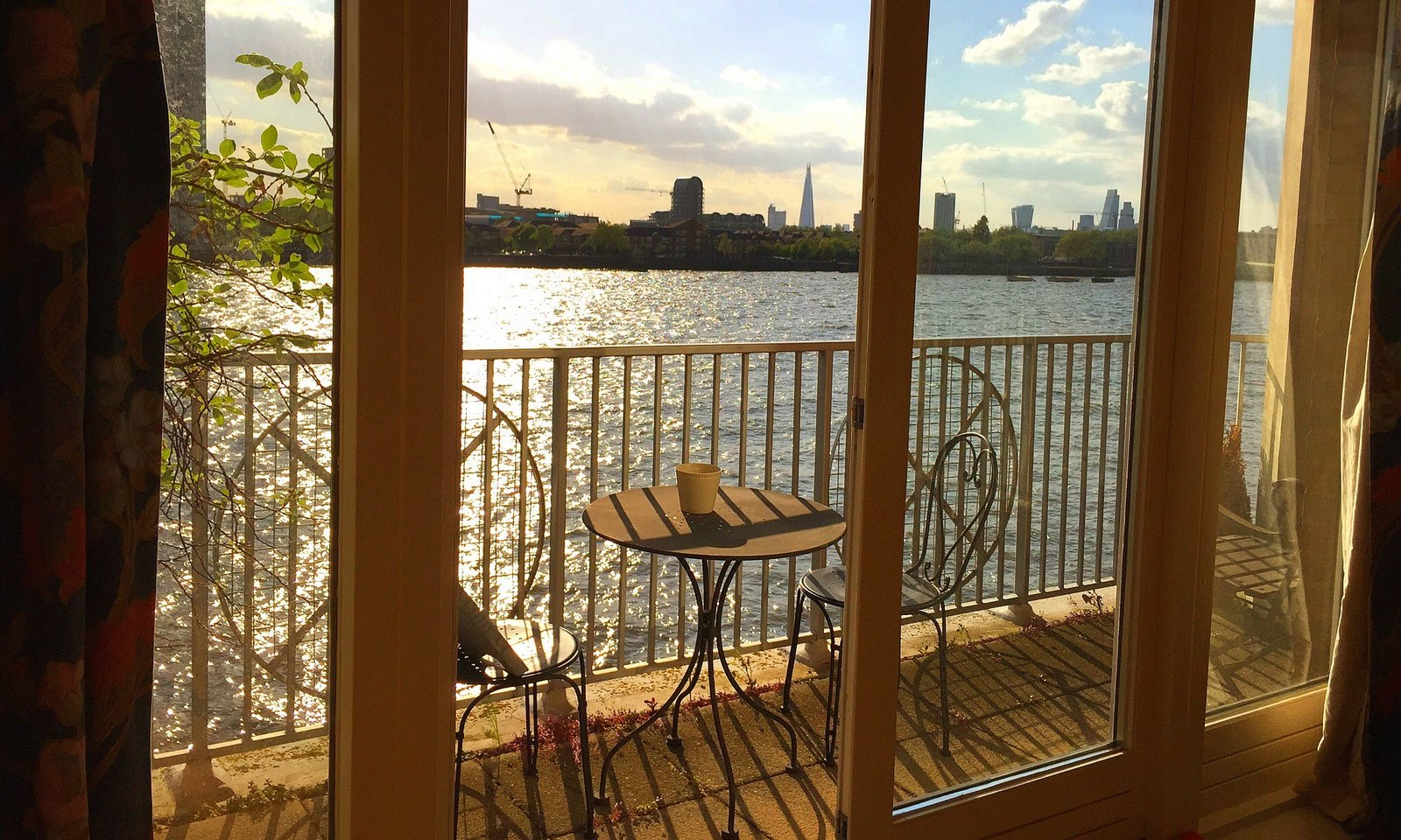 Home tuition London central homestay adult junior business