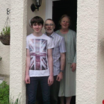 Home tuition family homestay English adult junior